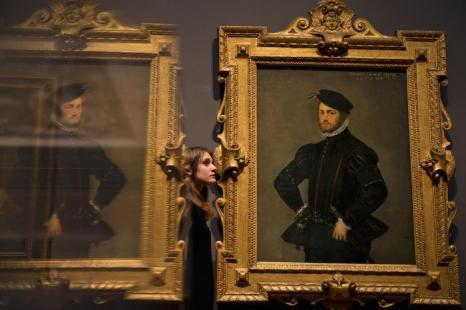 Картина Тинторетто Якопо «Портрет молодого человека» 1554 года на выставке «Рождение коллекции» в Национальной галерее Лондона 21 мая 2013 года. Фото: Dan Kitwood/Getty Images for Barber Institute of Fine Arts