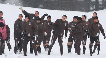 Снежная битва состоится в Улан-Удэ. Фото: Getty Images