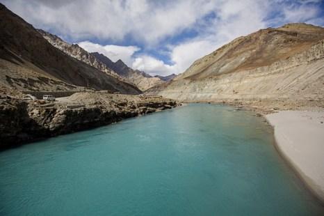 Река Занскар поблизости от столицы Ладака Ле. Фото: Daniel Berehulak/Getty Images