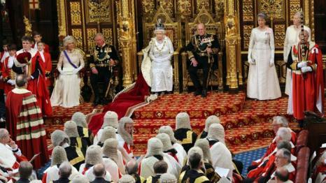 Камилла, герцогиня Корнуолла, принц Чарльз, принц Уэльский, королева Елизавета II и принц Филипп, герцог Эдинбургский на Церемонии открытия парламента. Фото: Jon Bond - WPA Pool/Getty Images