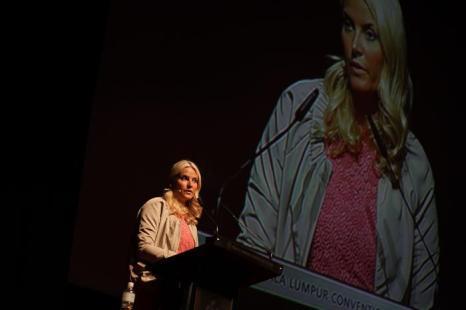 Кронпринцесса Норвегии Метте-Марит на международной конференции по проблеме женщин и девочек в Малайзии. Фото: Rahman Roslan/Getty Images