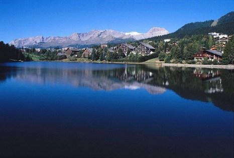 Вид на озеро Гренон, Кран-Монтана, Швейцария. Фото: Johnw/commons.wikimedia.org