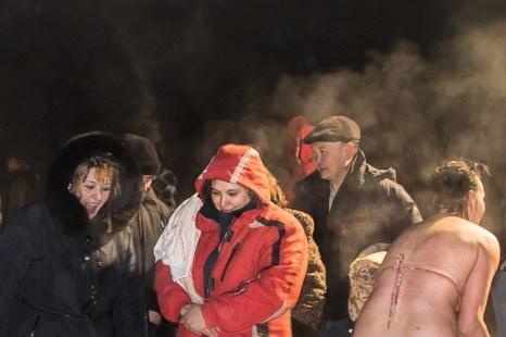 Крещенские купания в проруби. Фото: Сергей Тугужеков/Великая Эпоха (The Epoch Times)