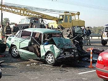 Новгородская область лидирует по автокатастрофам. Фото с kiyany.obozrevatel.com