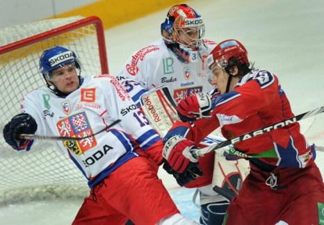 Igor Makarov, Marek Troncinsky, Jakub Stepanek.  Фото:  ALEXANDER NEMENOV/AFP/Getty Images