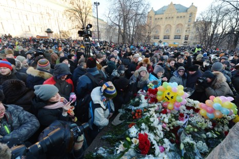 В Москве на несанкционированный митинг пришли около 700 человек. Фото: ANDREY SMIRNOV/AFP/Getty Images