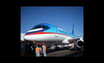 Самолет Sukhoi SuptrJet 100 получит сертификат типа. Фото с сайта gzt.ru