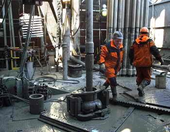 Нефтяное месторождение. Фото: Oleg Nikishin/Getty Images