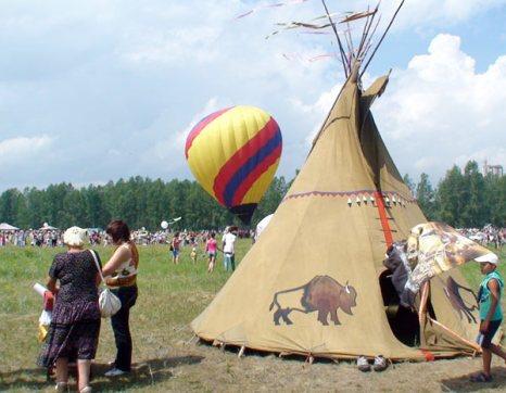 Фестиваль «Зелёный» прошел в Красноярске, 2 июля 2011. Фото: Максим Кочетков/Великая Эпоха (The Epoch Times)