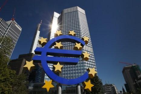 Еврозона надеется на лучшие времена. Фото: DANIEL ROLAND/AFP/Getty Images