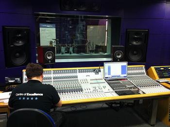 После реконструкции в Гнесинке появятся орган и студия звукозаписи. Фото: Audio-TechnicaUK/flickr.com
