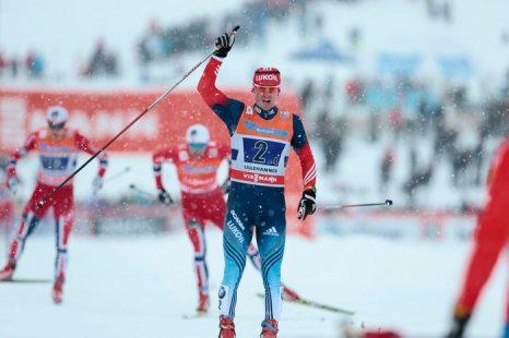 Российский лыжник Вылегжанин выиграл этап Кубка мира. Фото: Geir/AFP/Getty Images