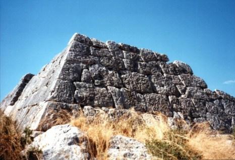 Пирамида Гая Цестия. Фото: Wikimedia Commons