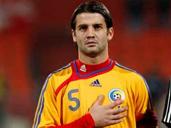 Кристиан Киву – капитан сборной Румынии по футболу. Фото с romania-today.ru
