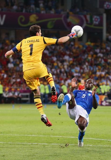 В финале  Евро-2012 сборная Испании разгромила итальянцев, 4:0. Фоторепортаж и видео с матча. Фото: Martin Rose/Getty Images