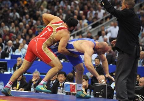 Билял  Махов стал чемпионом мира по вольной борьбе. Фото: ALEXANDER NEMENOV/AFP/Getty Images