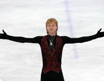 Евгений Плющенко выиграл серебрянную медаль в Ванкувере. Фото: Jasper JUINEN /Getty Images