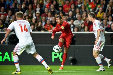 Россия проиграла Португалии, хотя силы были равными. Фото: FRANCISCO LEONG/AFP/Getty Images