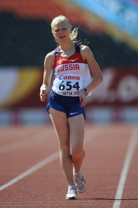 Ольга Шаргина стала первой в спортивной ходьбе на 5 километров на молодёжном чемпионате Европы по лёгкой атлетике в Тампере (Финляндия) 13 июля 2013 года. Фото: Christopher Lee/Getty Images