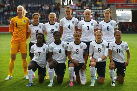 Женская сборная Англии по футболу, матч второго тура отборочного этапа чемпионата Европы 2013 в Линчепинге (Швеция) 15 июля 2013 года. Фото: Christof Koepsel/Getty Images