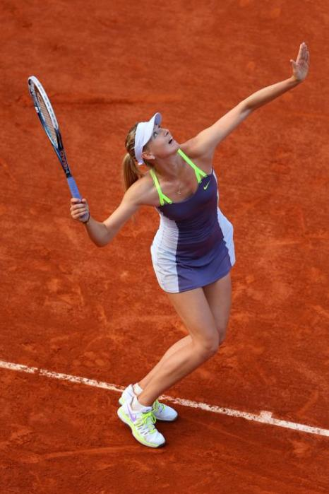 Мария Шарапова победила Хсиех Су-Вей в первом круге открытого чемпионата Франции 27 мая 2013 года в Париже. Фото: