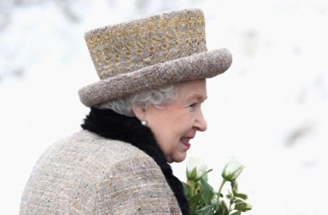 Королева Елизавета II  накануне 60-летия своего правления посетила церковь в Кингс Линн. Фоторепортаж. Фото: Chris Jackson - WPA Pool/Getty Images