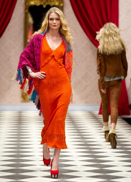 Коллекция  модной одежды от Odd Molly осень-зима  2012 на неделе моды  Mercedes-Benz в Стокгольме.  Фоторепортаж. Фото:  Ian Gavan / Getty Images