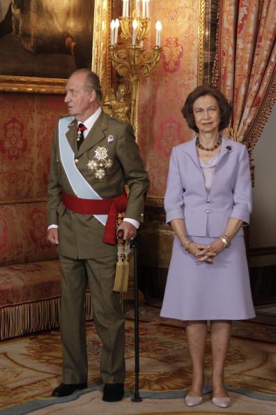 Испанская королевская семья празднует Национальный день Испании. Фото: Carlos Alvarez/Getty Images