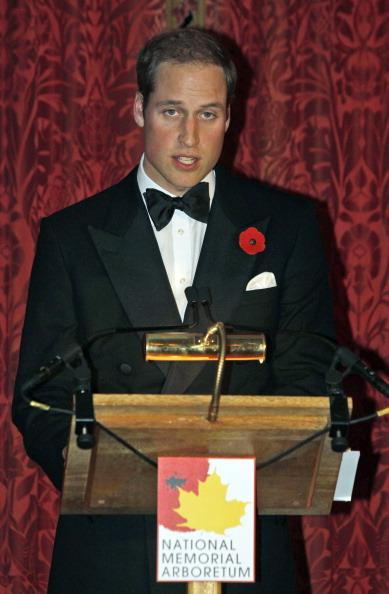 Фоторепортаж о герцоге и  герцогине Кембриджских в День памяти во дворце Сент-Джеймс. Фото:  Lefteris Pitarakis - WPA Pool/Getty Images