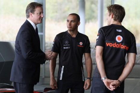Фоторепортаж о Дэвиде Кэмероне в технологическом центре McLaren. Фото: Oli Scarff - WPA Pool/Getty Images