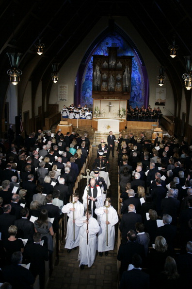 Фоторепортаж  с  похорон бывшей первой леди США Бетти Форд. Фото: Rex Larsen-Pool/Getty Images