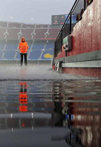 Фоторепортаж. «Барселона»  и «Реал». Ответный матч полуфинала Лиги Чемпионов завершился вничью 1:1 . Фото:  Jasper Juinen/David Ramos/LLUIS GENE/AFP/Getty Images