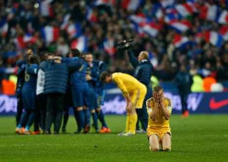 Французы разгромили Украину в ответном матче со счётом 3:0. Фото: Harry Engels/Getty Images