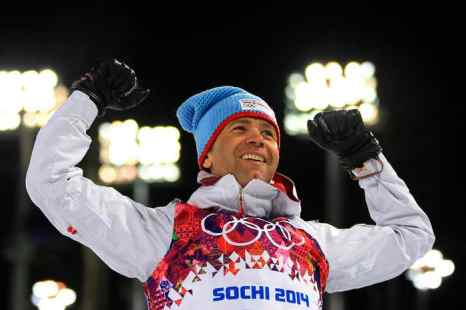 В соревнованиях по мужскому биатлону победил спортсмен из Норвегии Уле-Эйнар Бьорндален. Фото: Richard Heathcote/Getty Images