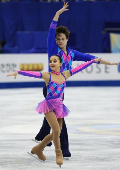Максим Мирошкин и Лина Фёдорова выступили с короткой программой в первый день Гран-при в японской Фукуоке 5 декабря 2013 года. Фото: Atsushi Tomura/Getty Images