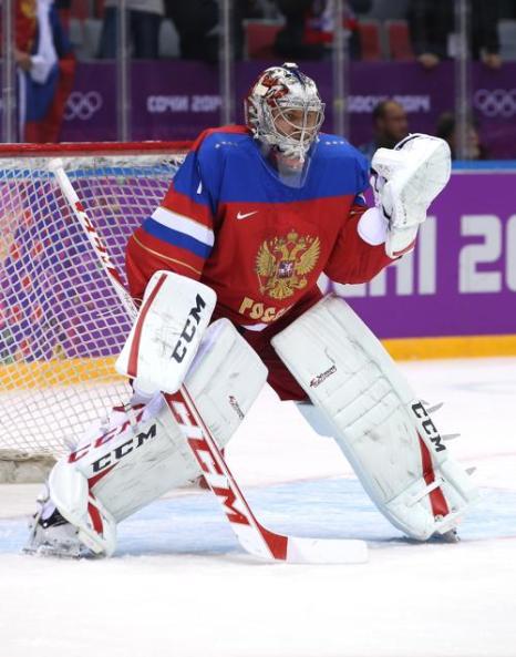 Семён Варламов на первом олимпийском матче россиян в Сочи со сборной Словении 12 февраля. Фото: Bruce Bennett/Getty Images