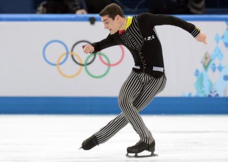 Испанец Хавьер Фернандес исполняет короткую программу на Олимпиаде в Сочи. Фото: YURI KADOBNOV/AFP/Getty Images
