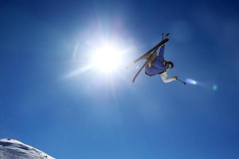 Ведущие фристайлисты со всего мира выступили на квалификации по слоупстайлу на Зимних играх в Кардоне, Новая Зеландия, 23 августа 2013 года. Фото: Hannah Johnston/Getty Images
