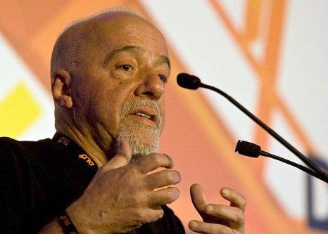 Пауло Коэльо, бразильский писатель и поэт. Фото: nrkbeta/ru.wikiquote.org