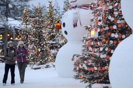 Новый год в Финляндии в деревне Санта-Клауса. Фото: OLIVIER MORIN/AFP/Getty Images
