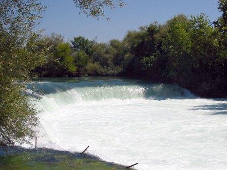 Водопад на реке Манавгат в провинции Анталия, Турции. Фото: pufacz/commons.wikimedia.org