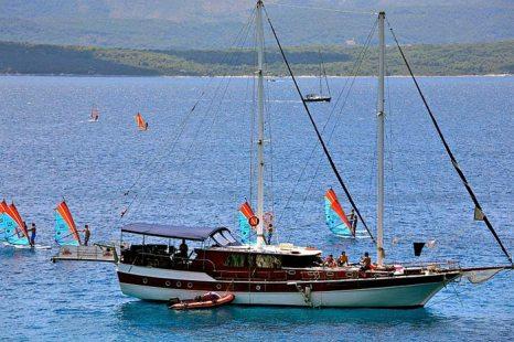 Яхтенный туризм - один из самых привлекательных видов туризма в Хорватии. Фото: Alex Proimos/commons.wikimedia.org
