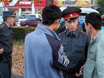 Милицейская проверка в Бишкеке. Фото с mvd.kg