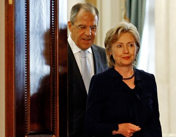 Хиллари Клинтон и Сергей Лавров. Фото: Chip Somodevilla/Getty Images