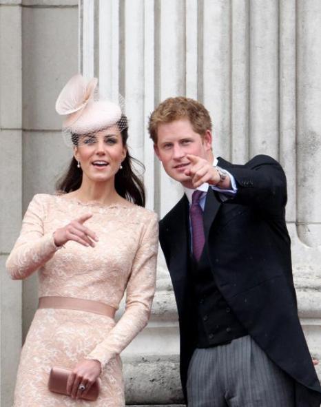 Принц Гарри и Екатерина на балконе Букингемского дворца. Фоторепортаж. Фото: Dan Kitwood/Getty Images
