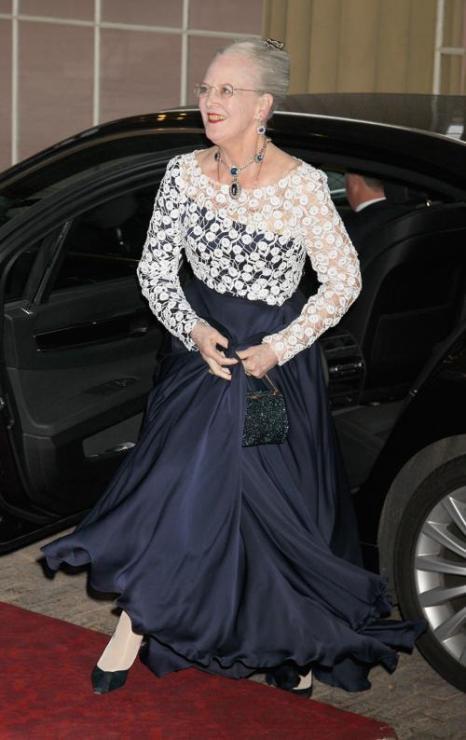 Монархи на приёме в Букингемском дворце по случаю юбилея правления королевы Елизаветы II. Фоторепортаж. Королева Дании  Маргрете. Фото: Sean Dempsey - WPA Pool/Getty Images