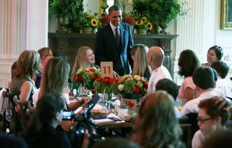 Барак Обама в Белом доме на  обеде для детей, победивших в конкурсе «Здоровый образ  жизни». Фоторепортаж. Фото: Alex Wong/Getty Images