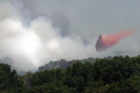 Фоторепортаж о пожарах на северо-востоке Испании. Фото: David Ramos, REMY GABALDA/AFP/GettyImages