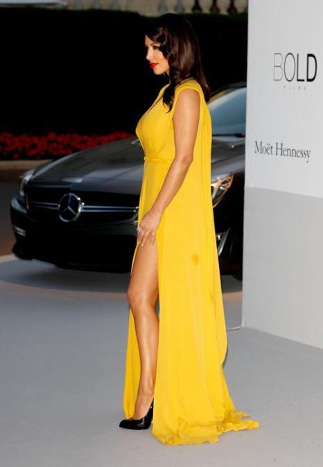 Знаменитости на мероприятии 2012 amfARs Cinema Against AIDS во Франции. Ким Кардашян (Kim Kardashian). Фоторепортаж. Фото: Andreas Rentz/Getty Images