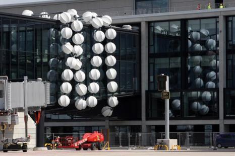 Новый аэропорт  Берлин-Бранденбург готовится к открытию. Фоторепортаж. Фото: Adam Berry/Getty Images